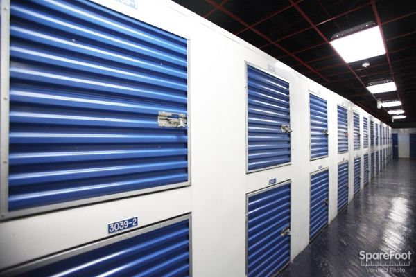 StorageBlue - Newark 200 Mount Pleasant Avenue Newark, NJ - Photo 8