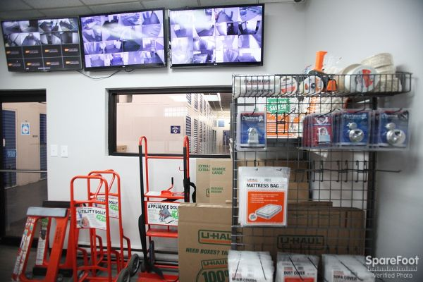 StorageBlue - Union City 3322 Hudson Avenue Union City, NJ - Photo 10