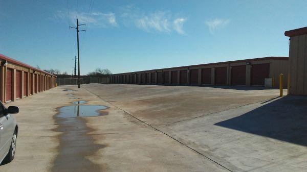 I Need Space 10450 Farm To Market Road 1902 Crowley, TX - Photo 3