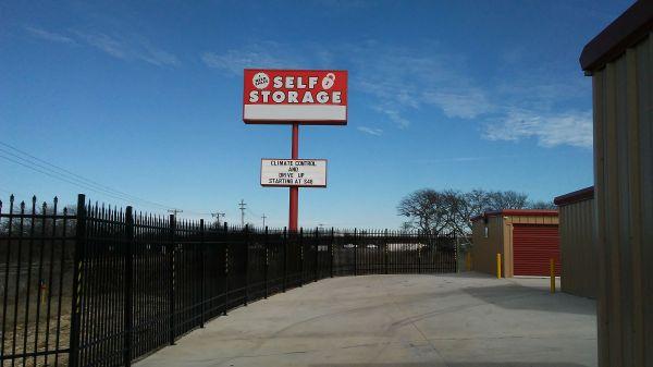 I Need Space 10450 Farm To Market Road 1902 Crowley, TX - Photo 5