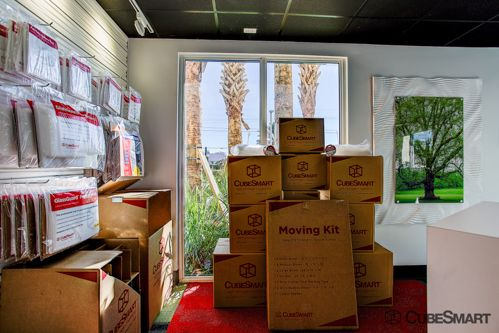 CubeSmart Self Storage - North Palm Beach 545 Northlake Boulevard North Palm Beach, FL - Photo 2