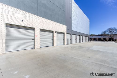 ... CubeSmart Self Storage   Lafayette   2036 Northeast Evangeline  Thruway2036 Northeast Evangeline Thruway   Lafayette, ...