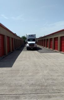 West Bank Self Storage 215 Timber Ridge St Belle Chasse, LA - Photo 9
