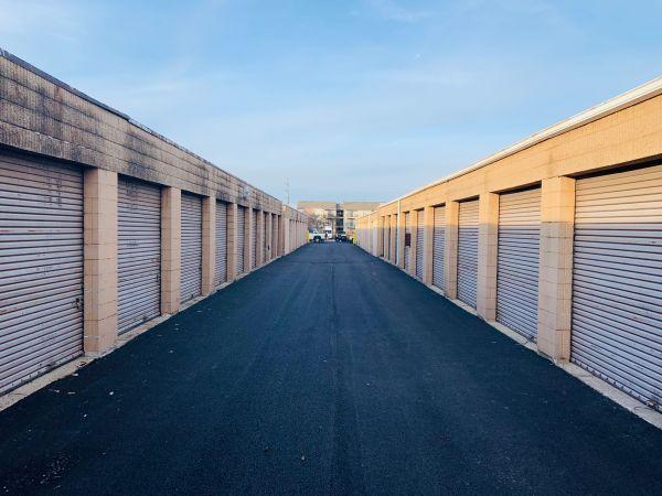 Rite Storage 24-Hour Storage 2501 East Oakton Street Arlington Heights, IL - Photo 6