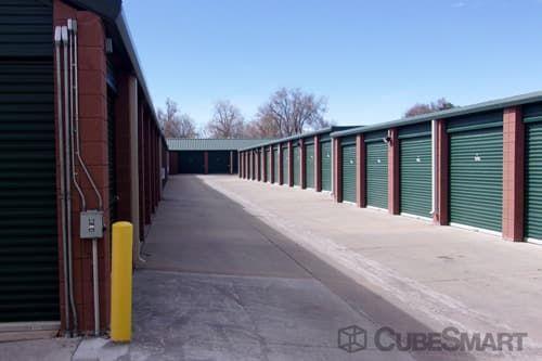 CubeSmart Self Storage - Lakewood - 5885 West Colfax Avenue 5885 West Colfax Avenue Lakewood, CO - Photo 3