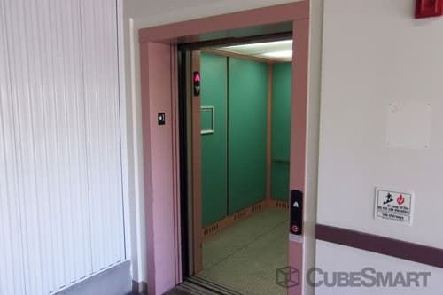 CubeSmart Self Storage - Lakewood - 5885 West Colfax Avenue 5885 West Colfax Avenue Lakewood, CO - Photo 4