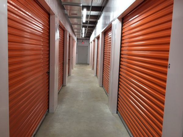 HP Storage II 6400 Windfern Road Houston, TX - Photo 0