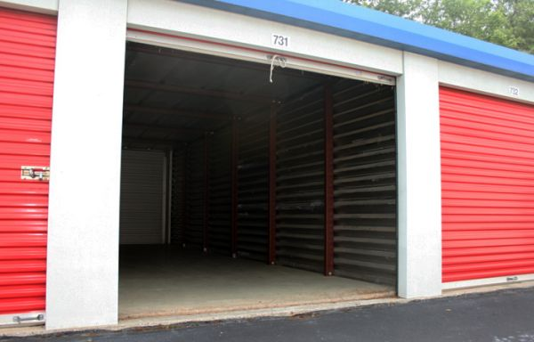 Cliffdale Mini Storage 820 S Reilly Rd Fayetteville, NC - Photo 12