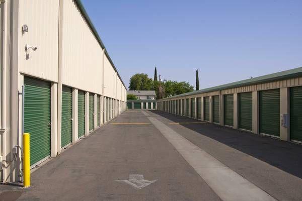 Cal Storage 2215 East Gerard Avenue Merced, CA - Photo 3