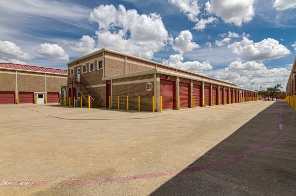 All Storage - Harwood - 3124 Harwood Rd. 3124 Harwood Rd Bedford, TX - Photo 5