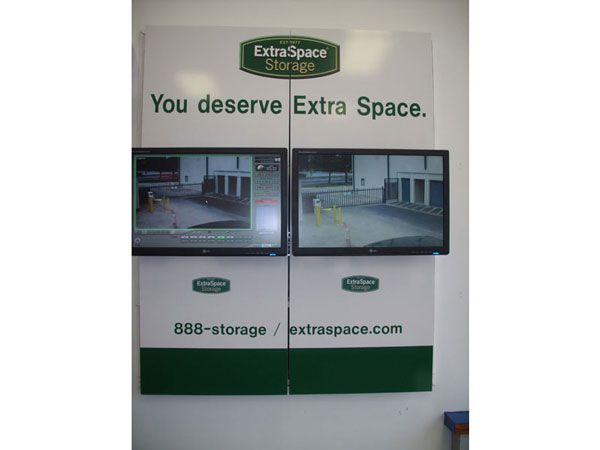 Extra Space Storage - Dallas - Lemmon Ave 5431 Lemmon Avenue Dallas, TX - Photo 4