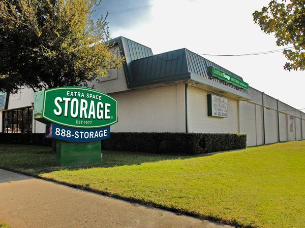 Extra Space Storage - Dallas - Lemmon Ave 5431 Lemmon Avenue Dallas, TX - Photo 6