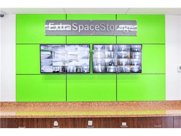 Extra Space Storage - Irving - N State Hwy 161 4251 State Highway 161 Irving, TX - Photo 4