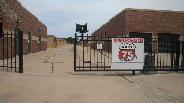 Cedar Ridge South 75 Storage 9001 South Union Avenue Tulsa, OK - Photo 2