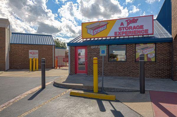 All Storage - Plaza - 425 East Pioneer Parkway 425 East Pioneer Parkway Grand Prairie, TX - Photo 4