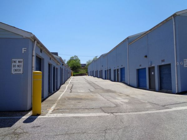 Prime Storage - Baltimore - 3220 Wilkens Ave 3220 Wilkens Avenue Baltimore, MD - Photo 3