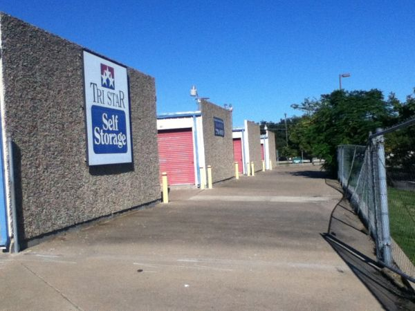 Tri Star Self Storage - Bosque 4120 Bosque Blvd Waco, TX - Photo 0