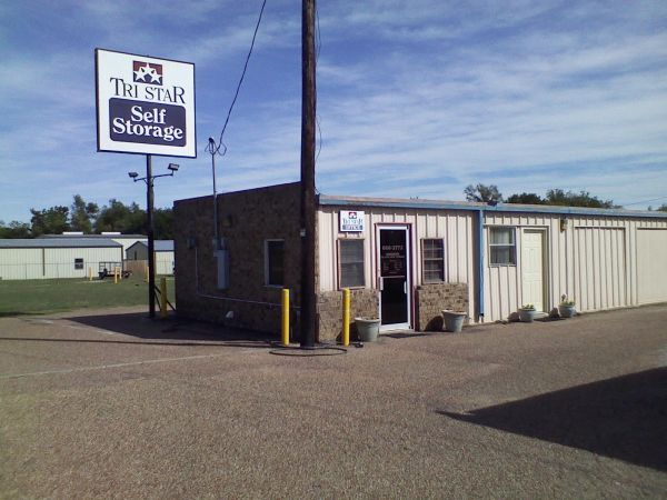 Tri Star Self Storage - Hewitt 700 Panther Way Hewitt, TX - Photo 1