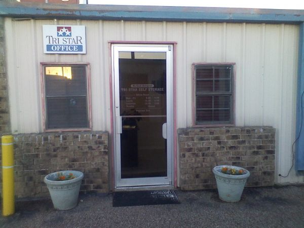 Tri Star Self Storage - Hewitt 700 Panther Way Hewitt, TX - Photo 3