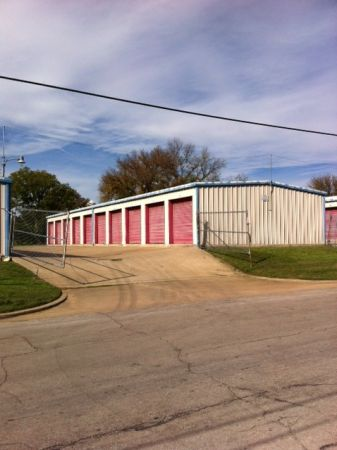 Tri Star Self Storage - Clark 1809 Clark Avenue Waco, TX - Photo 0