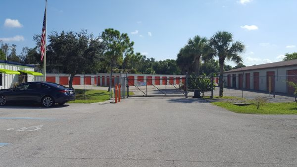 Prime Storage - North Fort Myers 2590 North Tamiami Trail North Fort Myers, FL - Photo 6