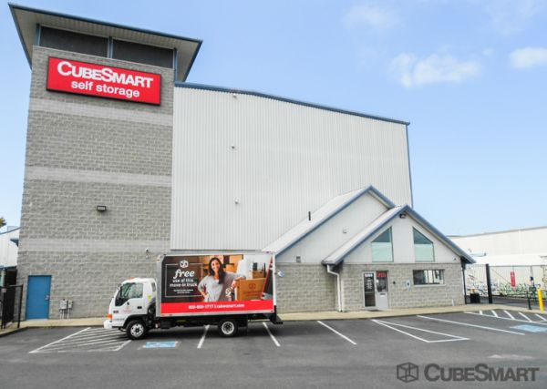 CubeSmart Self Storage - Seattle - 1300 West Nickerson Street 1300 West Nickerson Street Seattle, WA - Photo 0