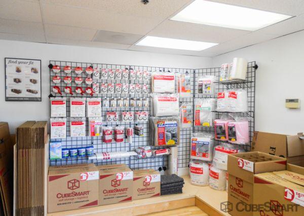 CubeSmart Self Storage - Seattle - 1300 West Nickerson Street 1300 West Nickerson Street Seattle, WA - Photo 6