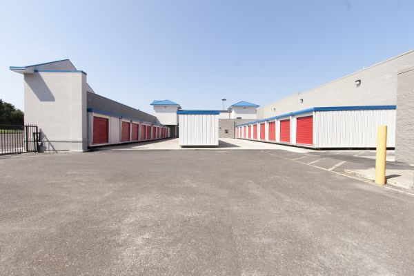 Fairless Hills Self Storage 495 South Oxford Valley Road Fairless Hills, PA - Photo 14