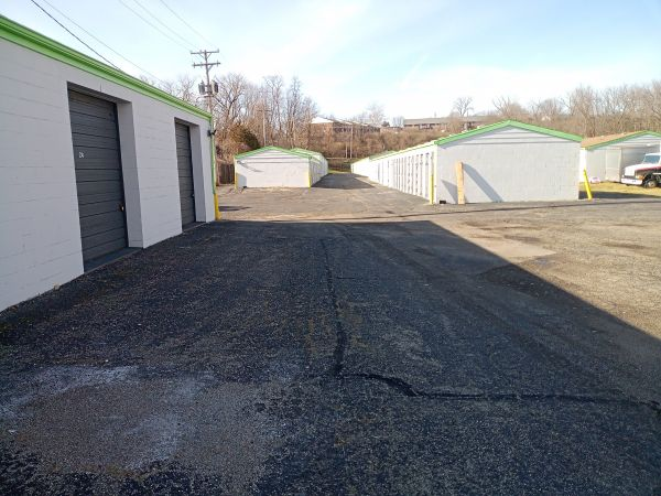 Great Value Storage - Dayton 426 N Smithville Rd Dayton, OH - Photo 5