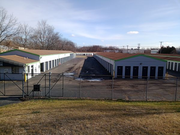 Great Value Storage - Dayton 426 N Smithville Rd Dayton, OH - Photo 1