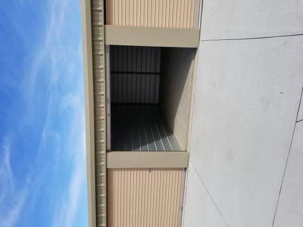 Adventureland Drive Self Storage in Altoona 435 Adventureland Drive Northeast Altoona, IA - Photo 5