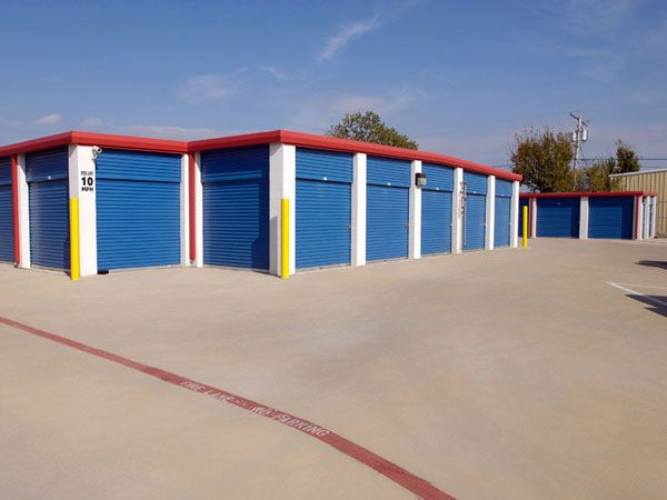 Extra Space Storage - Rowlett - Lakeview Parkway 2416 Lakeview Parkway Rowlett, TX - Photo 8