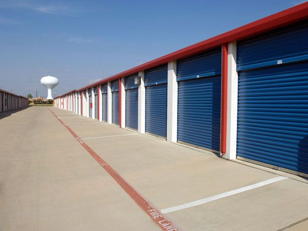 Extra Space Storage - Rowlett - Lakeview Parkway 2416 Lakeview Parkway Rowlett, TX - Photo 9