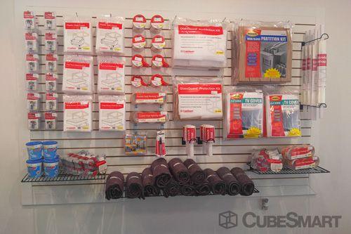 CubeSmart Self Storage - Chattanooga - 5952 Brainerd Rd 5952 Brainerd Rd Chattanooga, TN - Photo 2