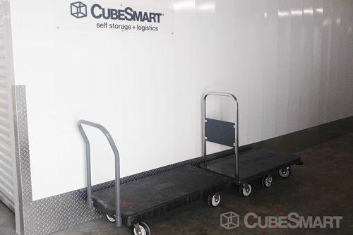 CubeSmart Self Storage - Chattanooga - 5952 Brainerd Rd 5952 Brainerd Rd Chattanooga, TN - Photo 4