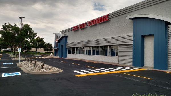 225 Self Storage 13790 East Mississippi Avenue Aurora, CO - Photo 2