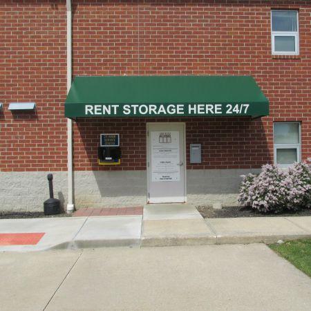 Abbe Road Self Storage 5302 Evergreen Parkway Sheffield Lake, OH - Photo 3