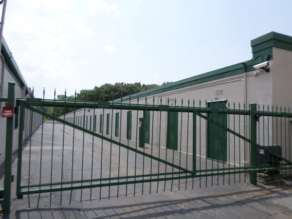Great Value Storage - Memphis, Lamar 3951 Lamar Avenue Memphis, TN - Photo 1