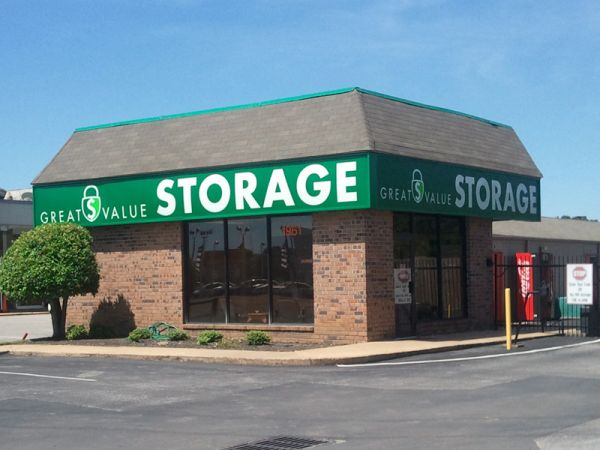 Great Value Storage - Memphis, Covington 1961 Covington Pike Memphis, TN - Photo 0