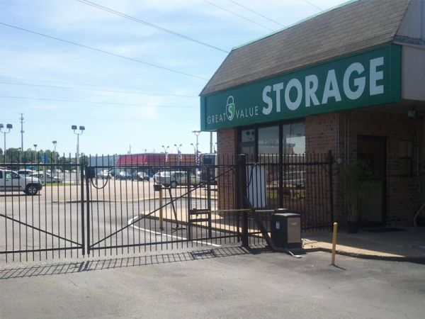 Great Value Storage - Memphis, Covington 1961 Covington Pike Memphis, TN - Photo 3