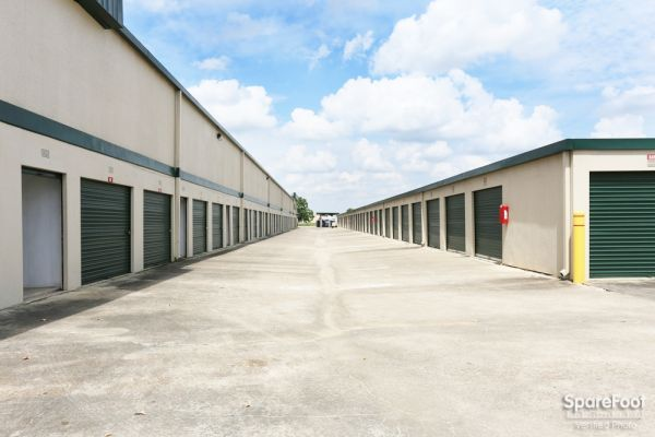 Great Value Storage - La Porte 10601 W Fairmont Pkwy La Porte, TX - Photo 7
