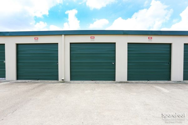 Great Value Storage - La Porte 10601 W Fairmont Pkwy La Porte, TX - Photo 8