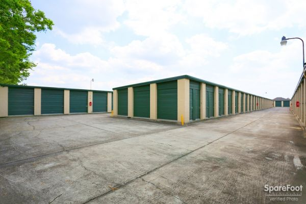 Great Value Storage - Pasadena 941 Fairmont Parkway Pasadena, TX - Photo 4