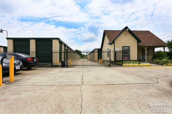 Great Value Storage - Deer Park 4806 Marie Lane Deer Park, TX - Photo 6
