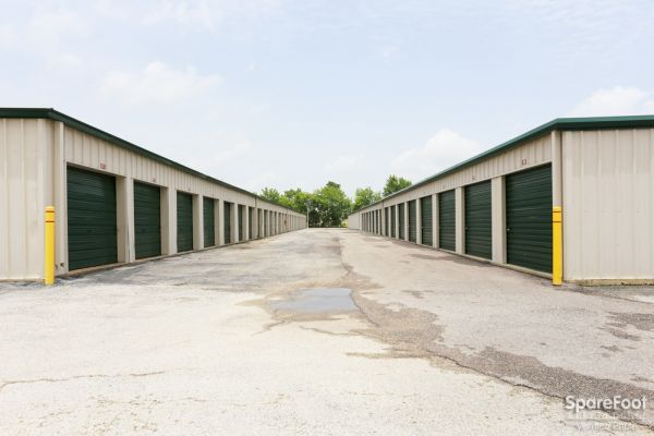 Great Value Storage - Baytown 3412 Garth Rd Baytown, TX - Photo 6