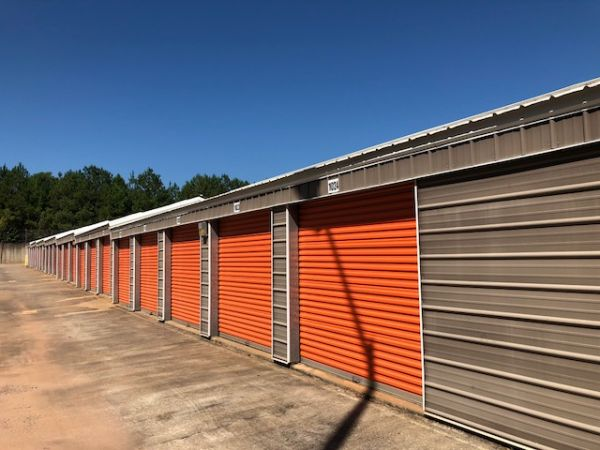 Newnan Lock Storage 205 Elzie Johnson Road Newnan, GA - Photo 2