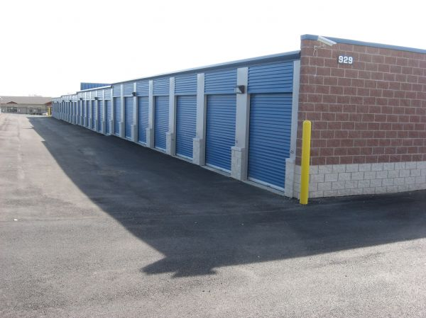 Titan Self Storage - Elgin - 939 South McLean Boulevard 939 South Mclean Boulevard Elgin, IL - Photo 2