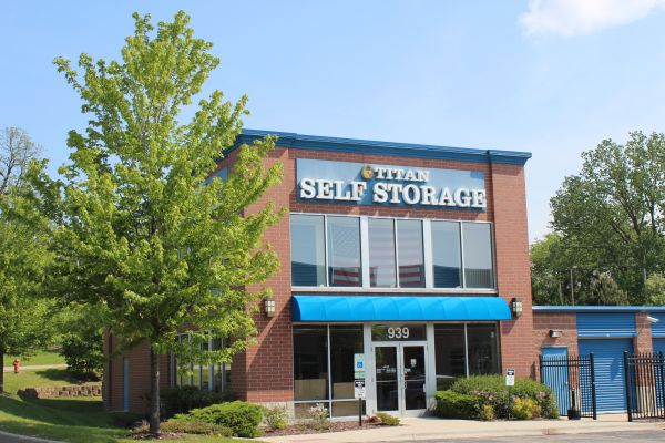 Titan Self Storage - Elgin - 939 South McLean Boulevard 939 South Mclean Boulevard Elgin, IL - Photo 8