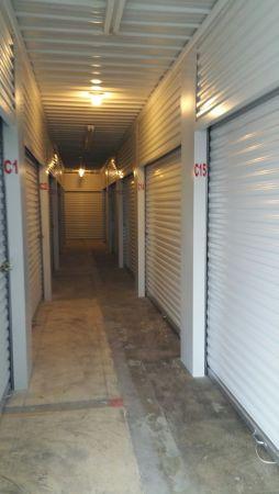 Metro Storage Express 2729 Hereford Street St. Louis, MO - Photo 3