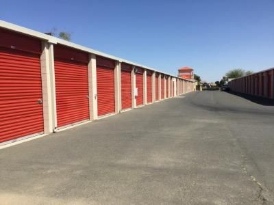 Life Storage - Palmdale 380 West Palmdale Boulevard Palmdale, CA - Photo 7
